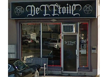 Laval tattoo shop De L'Étoile Tatouage