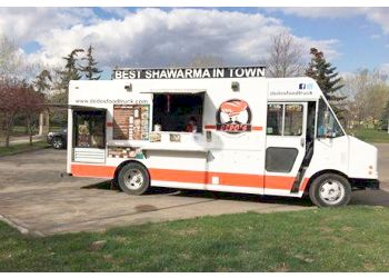 St Albert food truck Dedo's Food Truck & Catering