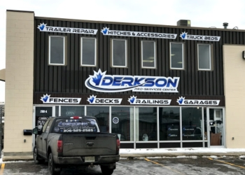 Regina fencing contractor Derkson Fencing & Railing Co.