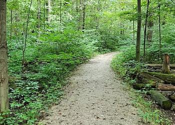 Windsor hiking trail Devonwood Conservation Area