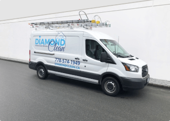 Surrey gutter cleaner Diamond Clean Services Inc.