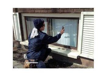 Belleville window cleaner Diamond Window Cleaning