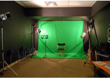 North Vancouver videographer Digital Dreams Enterprises Ltd.