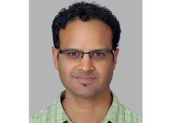 Gatineau manual osteopath Dileep Korah, BSc, BEd, ND, DOMP