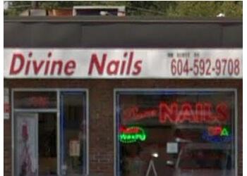Delta nail salon Divine Nails