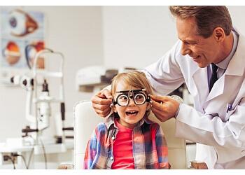 Niagara Falls pediatric optometrist DR. ALLAN YADE, OD