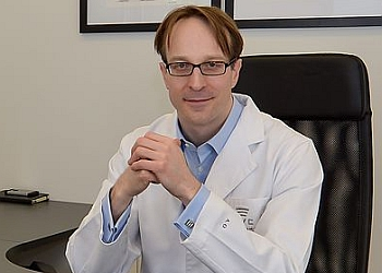 Toronto ent doctor Dr. Alex Osborn, MD, PhD