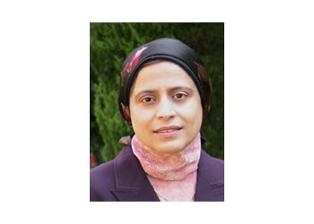 Oakville endocrinologist Dr. Aliya Khan