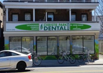 Toronto dentist Dr. Andre Hughes, DDS