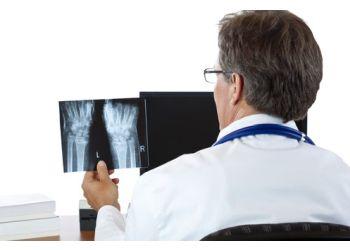 Fredericton orthopedic Dr. Andrew Berkshire, MD, FRCSC