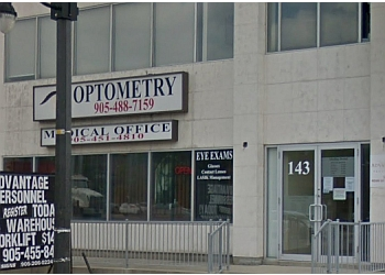 Brampton optometrist Dr. Andrew S Chuang, OD