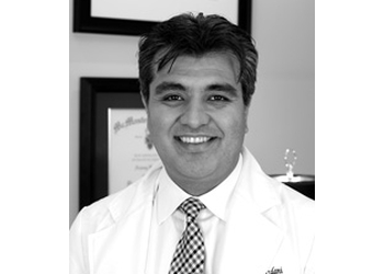 London plastic surgeon Dr. Arjang Yazdani, BSC, MD, FRCSC