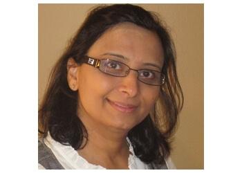 Oakville cosmetic dentist Dr. Bindu Pandya, DDS