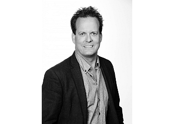 Thunder Bay orthodontist Dr. Bruce McFarlane, DMD, Bsc D, MCID, FRCD(C)