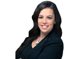 Vaughan dentist Dr. Carly Gordon - Maple Dental Health