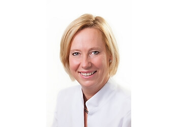 Quebec dentist Dr. Chantal Fortier, DMD
