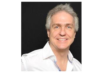 Saint Jean sur Richelieu orthodontist Dr. Daniel Tanguay, DDS