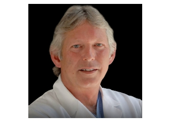 Kingston plastic surgeon Dr. David L. J. Wardle, MD, BSc, FRCS(C)