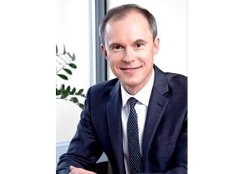 Oshawa plastic surgeon Dr. Derek Ford, MD, FRCSC