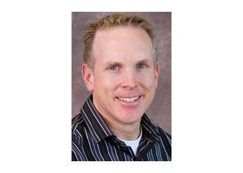 Dr. Douglas Denbak, MD St Catharines Optometrists