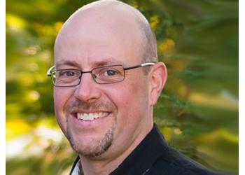 Huntsville dentist Dr. Drew Markham, DMD