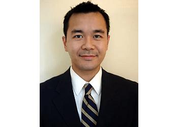 Toronto orthopedic Dr. Duong Nguyen