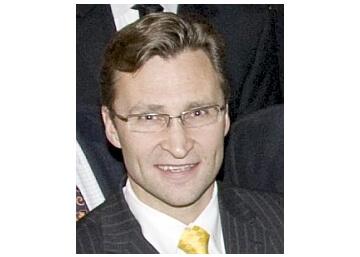 Dr. Edward Wayne Buchel, MD, FACS Winnipeg Plastic Surgeon