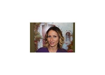 Kawartha Lakes cosmetic dentist Dr. Elena Davenport, DDS