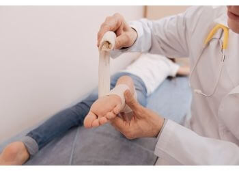 Montreal rheumatologist Dr. Elizabeth Hazel