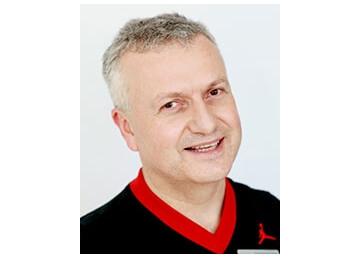 Mississauga orthodontist Dr. Eugene Kholov, DDS, Dip. Ortho