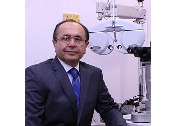 Coquitlam pediatric optometrist Dr. Farhad Saba, OD