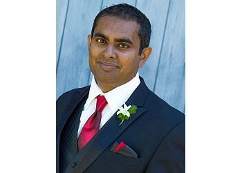 Saskatoon plastic surgeon Dr. Geethan Chandran, MD, FRCSC