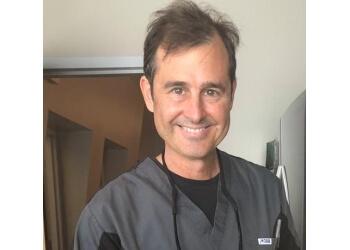Waterloo cosmetic dentist Dr. George Arvanitis, DDS