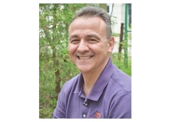 London dentist Dr. Giulio Spagnuolo, DDS