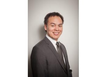 Longueuil dentist Dr. Glenn Hoa, DMD
