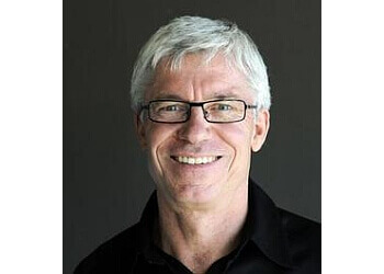 Dr. Ian Leitch, DDS Kelowna Cosmetic Dentists