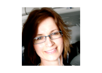 Oshawa optometrist Dr. Janet Hruska Schill, OD