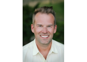 Kelowna dentist Dr. Jeremie Hallett, DMD