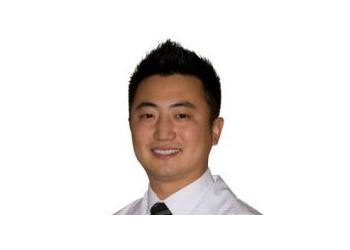 Dr. John Ro, H.B.Sc., D.D.S. Vaughan Dentists