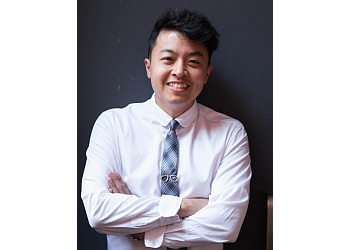 Brantford children dentist Dr. Johnathan Woo, Bsc., DDS, FRCD(C)