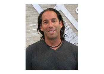 Brampton cosmetic dentist Dr. Joseph Fairbloom, DDS
