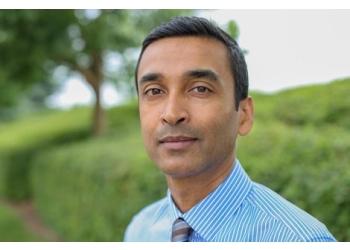 Aurora optometrist Dr. Kar Sakhichand, OD