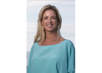 Sarnia cosmetic dentist Dr. Karen Davis, DDS