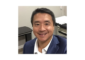 Oshawa orthopedic Dr. Ken Tom Chiu Fern, MD