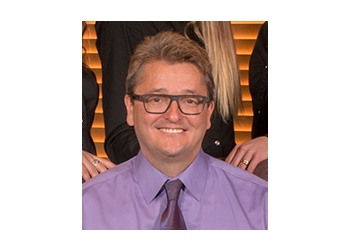 Winnipeg dentist Dr. Kenneth Hamin, DMD