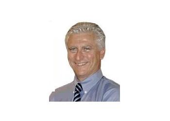 Belleville chiropractor Dr.Kevin Dinsmore, DC