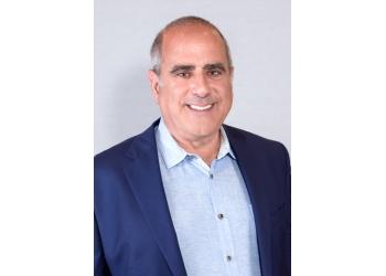 Montreal dentist Dr. Lenny Slepchik, DDS