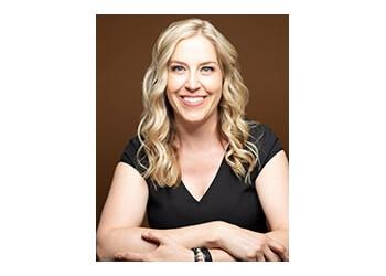 Saskatoon chiropractor Dr. Lindsey Crook, DC