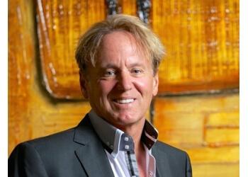 Ottawa plastic surgeon Dr. Lloyd Van Wyck, MD FRCSC