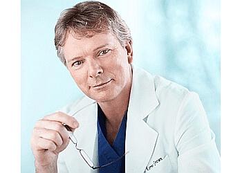 Richmond plastic surgeon Dr. Lorne Brown, MD